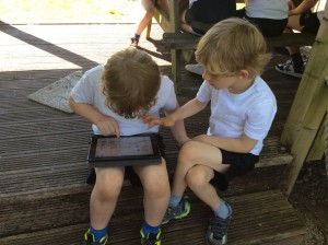 children with ipads